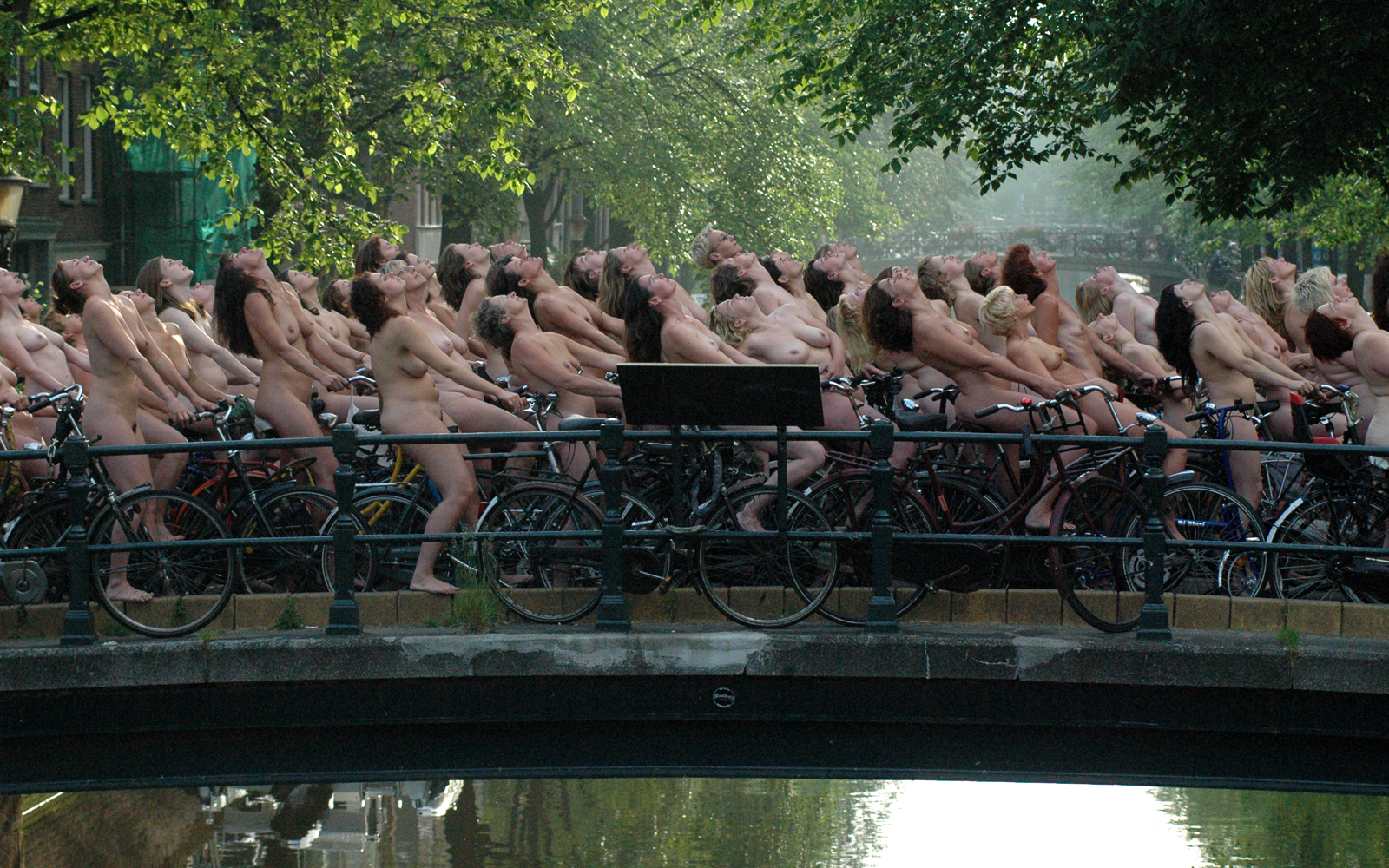 spencer tunick video
